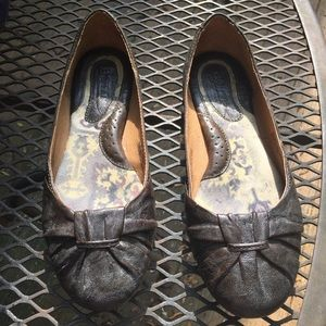 Born leather flats size 6/36.5